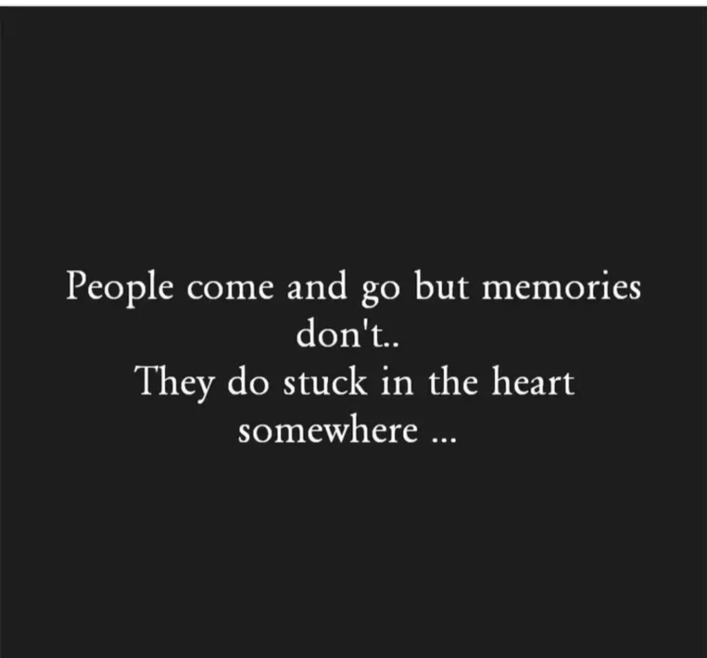 PEOPLE COME AND GO || 2 LINES ENGLISH QUOTE